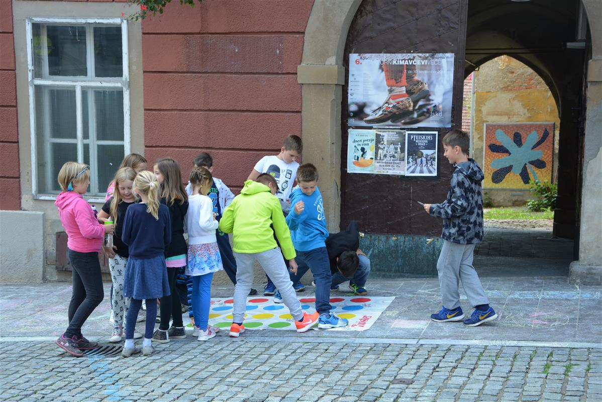2016_09_22_ulice_otrokom-32