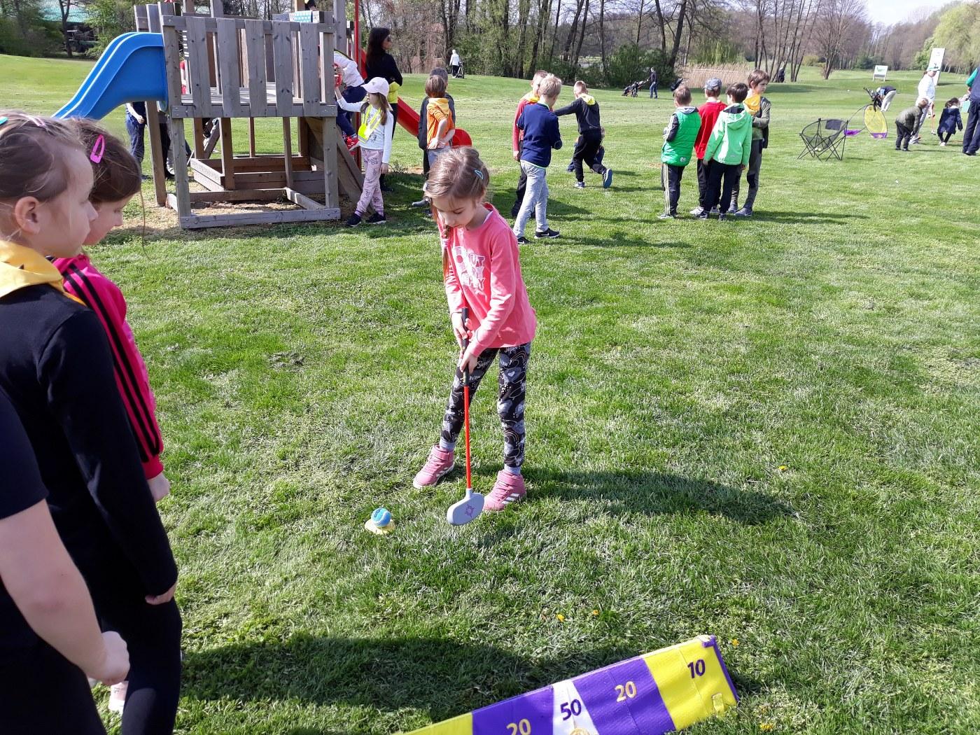 2019_04_18_sportni_dan_1vio_golf-11
