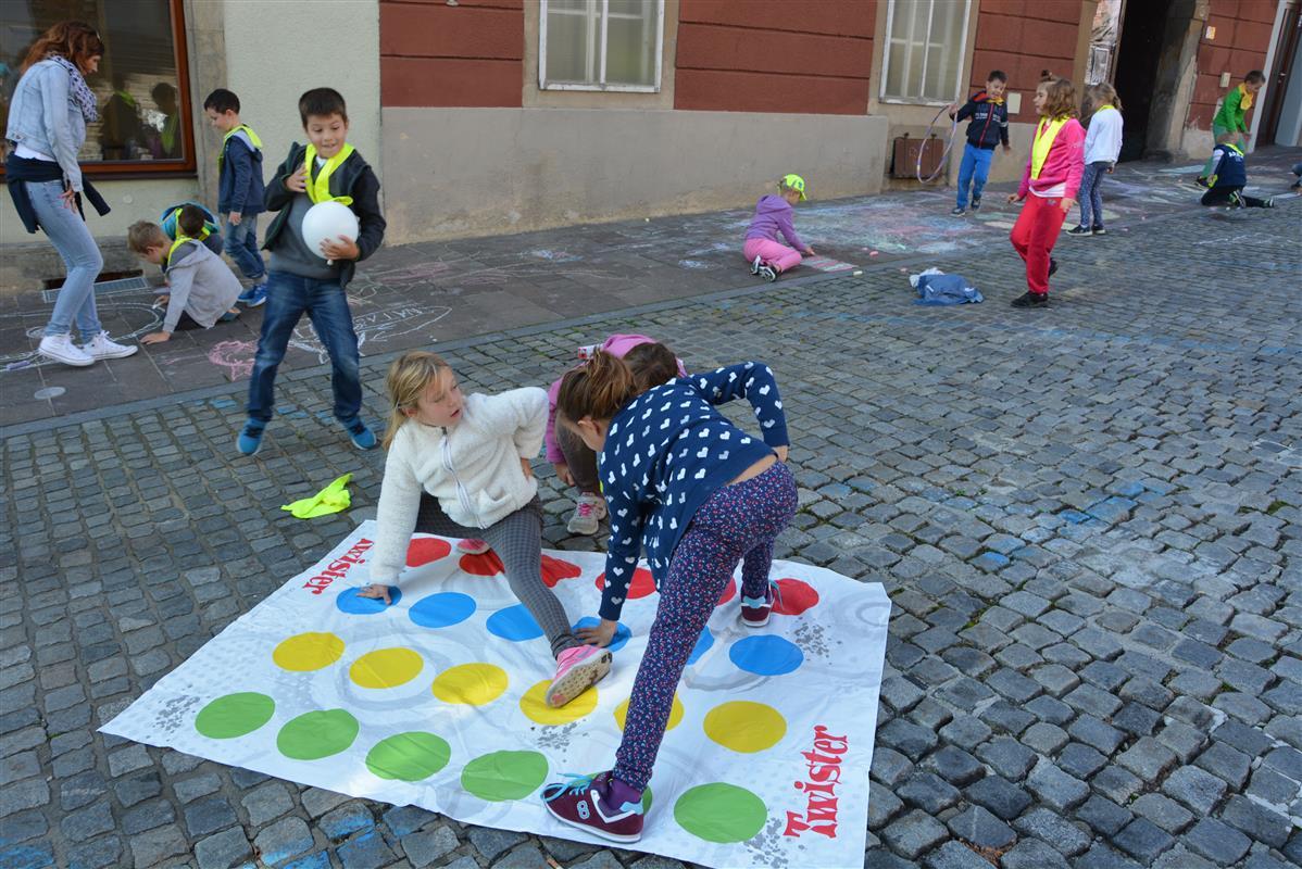 2016_09_22_ulice_otrokom-26
