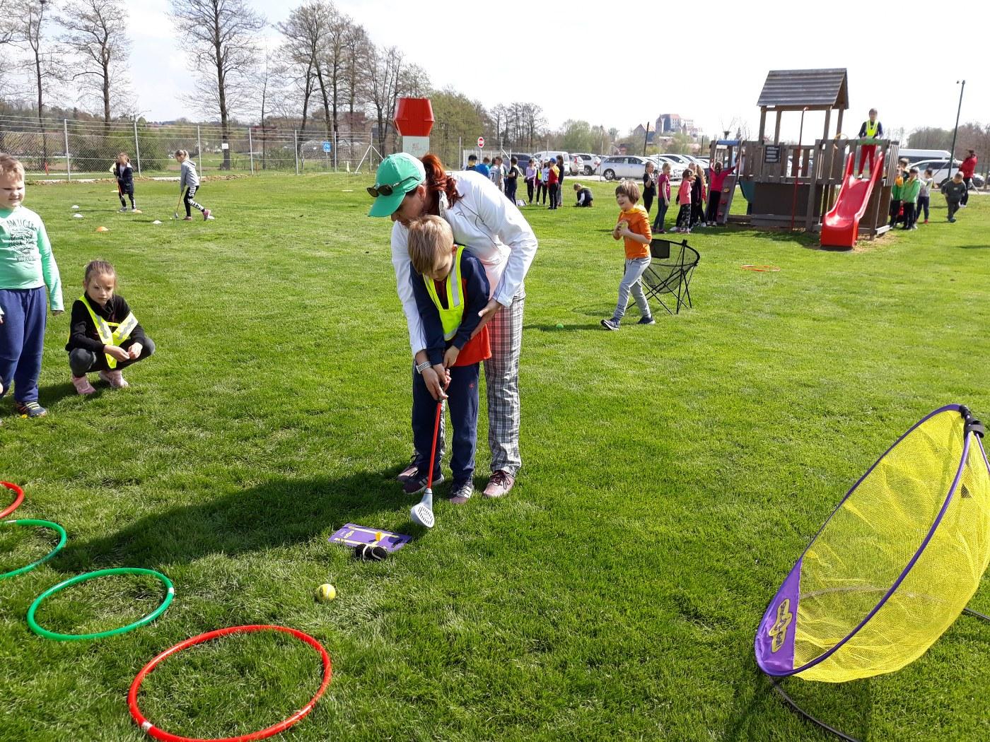 2019_04_18_sportni_dan_1vio_golf-14