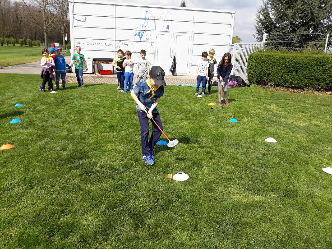 2019_04_18_sportni_dan_1vio_golf-6